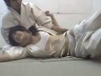 【JCロリ】女子中学生の柔道はレイプ中出し一本