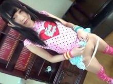 【JCロリ 月本れいな】美少女中学生のどエロいイメージビデオ