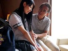 【jcロリ あおいれな】学校サボって援交をハシゴするビッチ中学生