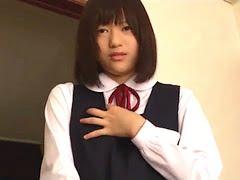 娘の匂い5:中学生の娘(有村まゆか)の成長記録を父親がホームビデオで撮影しているが、内容は、歪んだ愛情で精子飲ませたり、セックスをハメ撮りしてるヤバいやつ。美少女JCの娘と近親相姦する企画アダルトビデオ「娘の匂い5」。無料JCエロ動画。