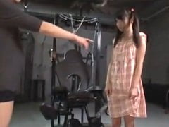 このは】拉致した小学生を地下室で陵辱調教する鬼畜ロリコン。無料JSエロ動画。
