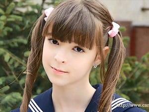 【JCジュニアアイドル Eva.R】洋ロリ美少女天使のイメージビデオ。無料U15エロ動画。