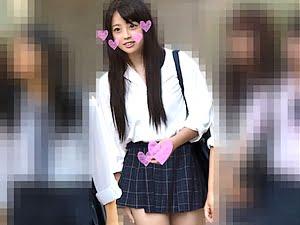【JKロリ】美少女女子高生が電車痴漢で中出しレイプされる【素人 個人撮影 ハメ撮り 盗撮】。無料JKエロ動画。